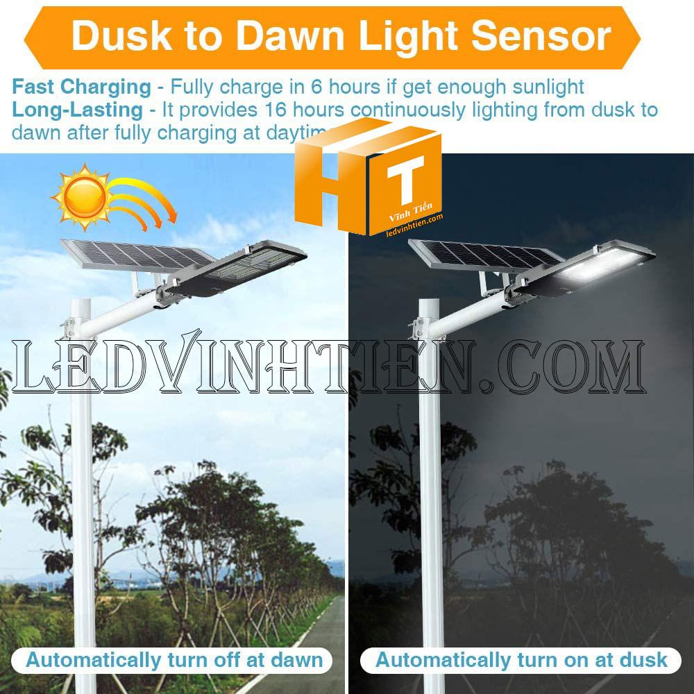 Đèn đường led năng lượng mặt trời 120W pin rời kiểu bàn chải