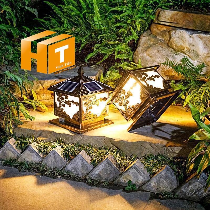 Đèn trụ cổng năng lượng mặt trời 3w. 4w, 5w, 6w, cao cấp loại tốt, giá rẻ, chất lượng, dùng ngoài trời, có khả năng chống nước, chống bụi đạt tiêu chuẩn IP65 (mã Đèn trụ cổng năng lượng mặt trời VTHT-TCNLMT-002). dùng chiếu sáng ngoài trời, tiết kiệm điện, Bạn có thể yên tâm khi lắp đặt sản phẩm ở ngoài trời sản xuất bởi công ty tnhh kinh doanh vĩnh tiến, ledvinhtien.com