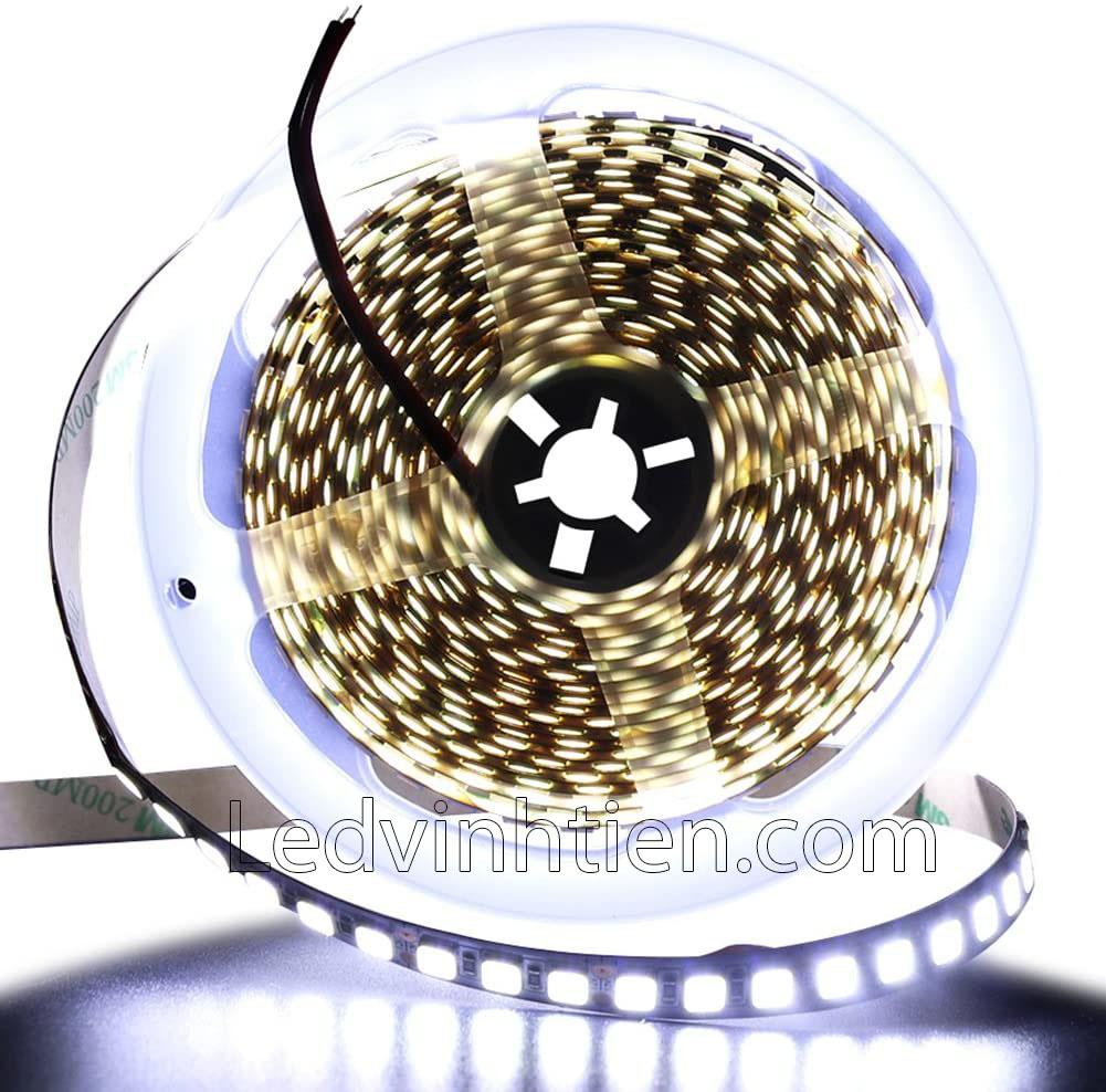 LED DÂY DÁN chip SMD 5054 ánh sáng trắng siêu sáng là loại led dây dán cuộn dài 5m, chạy điện 12V, ledvinhtien.com